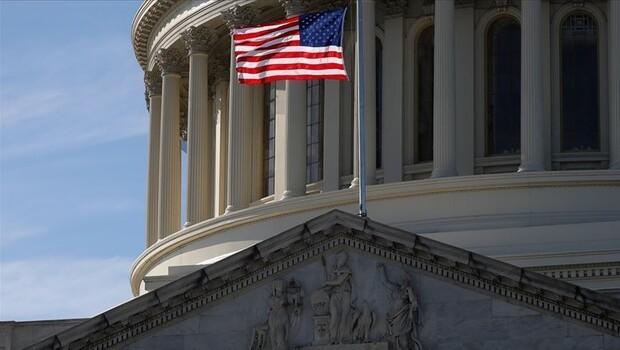 ABD'li siyasilerin seçim desteği eriyor