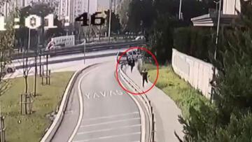 İstanbul'da Özbek kadına kapkaç şoku! Ne olduğunu anlayamadı o anlar kamerada