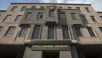 MSB: NATO'nun Türkiye'ye yönelik güvence tedbirleri kapsamında gönderdiği deniz karakol uçağı Adana'ya ulaştı