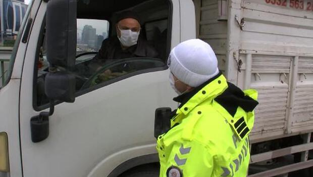 İstanbul Maltepe'de ceza kesilen sürücü ile polis arasında ilginç diyalog! 'Bana bugün müsaade edin'