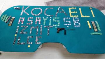 İzmit'te kumar oynayan 16 kişiye ceza